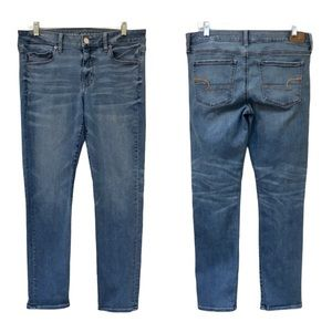 American Eagle Skinny Jeans Medium Wash Size 12